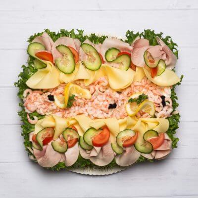 mariehem_catering-smorgastarta_skinka_ost_rakor